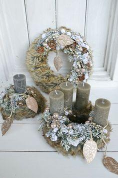 Christmas Advent Wreath, Christmas Time, Christmas Decorations, Xmas, Holiday Decor, Art N Craft, Holidays And Events, Handmade Christmas, Crafts To Make
