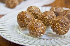 Almond Date Energy Bites  makes 14-16 energy bites  1 cup dates, pitted and packed (~14 dates)  2/3 cup almonds, raw  6 Tbsp oats  1/2 tsp cinnamon  3 Tbsp ground flaxseed  1/2 tsp salt  3 Tbsp coconut oil, melted