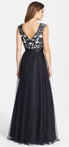 Aidan Mattox Embroidered Bodice Mesh Ballgown [in Black Ivory] (Nordstrom) (I wish the skirt were chiffon instead of mesh. Evening Dresses, Prom Dresses, Formal Dresses, Dresses 2016, Dress Prom, Maid Dress, Dress Up, Pretty Dresses, Beautiful Dresses