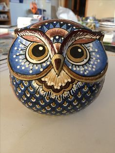 blue owl -- ceramic?