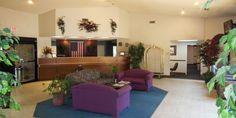Settle Inn & Suites O'Fallon, Illinois Lobby