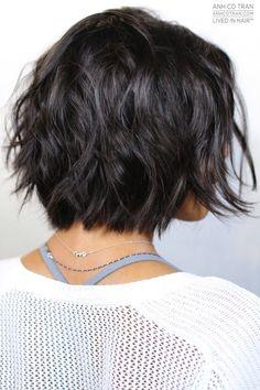 Shaggy Bob Hairstyles, Hairstyles Haircuts, Messy Bob Haircuts, Chin Length Haircuts, Chin Length Cuts, Short Choppy Haircuts, Fashion Hairstyles, Layered Hairstyles, Brunette Bob Haircut