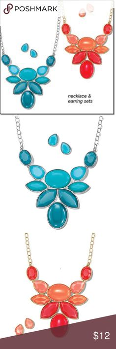 Avon make it big statement necklace & earrings NWT Avon make it big statement necklace and earrings set. This is for turquoise or coral set. Please bundle under $15 items. Thank you Avon Jewelry Necklaces