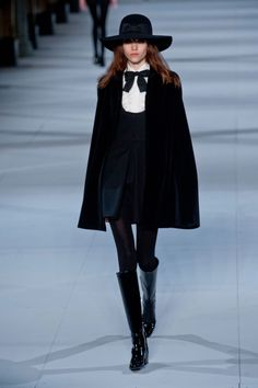 Saint Laurent Paris jesień-zima 2014/2015, fot. Imaxtree