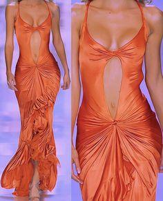 2000s Fashion, High Fashion, Fashion Show, Fashion Design, Couture Fashion, Runway Fashion, Spring Fashion, Pretty Dresses, Beautiful Dresses