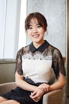 Kim Hyang-gi to Star in 'Drunk in Good Taste' as Dessert Influencer Korean Actresses, Asian Actors, Actors & Actresses, Lee Hyun, Sweet Revenge, Korean Drama Movies, Girl Crushes, Ulzzang Girl, Kim Min