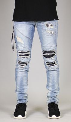 Fit : Slim Fit - Contour paneling leather under destroies - YKK zip fly - Distressed patches - Five pocket styling - Slim tapered leg silhouette - Fake zipper welt pockets on right leg - Belt loops wi Ripped Biker Jeans, Moto Jeans, Denim Pants, Men's Jeans, Tomboy Fashion, Mens Fashion, Fashion Guide, Men Street Look, Best Jeans