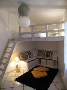 Loft room - 54 lovely dorm room organization ideas on a budget 24 Mezzanine Bedroom, Loft Room, Bedroom Loft, Dream Bedroom, Bedroom Decor, Warm Bedroom, Loft Bed Room Ideas, Master Bedroom, Bedroom Storage