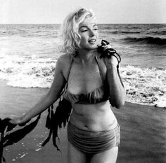 Marilyn to the seaside