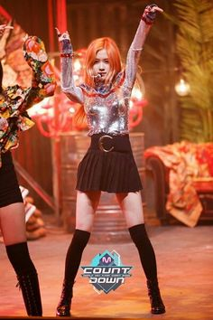 Find images and videos about kpop, rose and blackpink on We Heart It - the app to get lost in what you love. Lisa, Blackpink Fashion, Korean Fashion, South Korean Girls, Korean Girl Groups, Outfits Pantalon Negro, Square Two, Outfits Plus Size, Park Chaeyoung