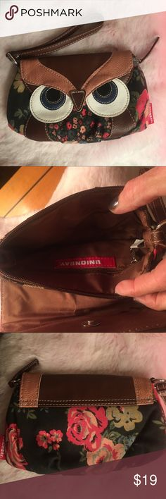 OWL 🦉 WRISTLET 🦉 Cute brand new Owl Wristlet by Union Bag. Excellent condition 🦉 Bags Clutches & Wristlets