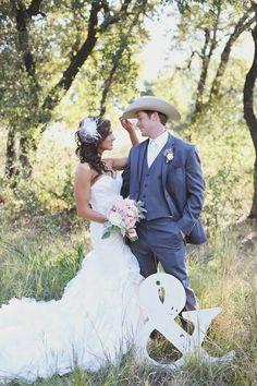 Beautiful wedding pose  #cowgirl #wedding #cowgirlwedding   http://www.islandcowgirl.com/