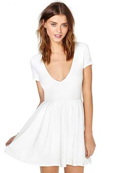 Nasty Gal Endless Summer Dress $35. How to get a student discount http://www.studentrate.com/itp/get-itp-student-deals/Nasty-Gal-Student-Discounts--/0