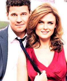 """""""When you talk to older couples who, you know, have been in love for 30 or 40 or 50 years, alright, it's always the guy who says, 'I knew.' I knew."""" -Booth to Bones - FINALLY STARTED NEW EPISODES :)"""