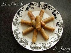 """Cigres au miel. Diese kleinen süßen Nuss-Honigstangen waren die ersten """"Kekse"""" die ich in…"""