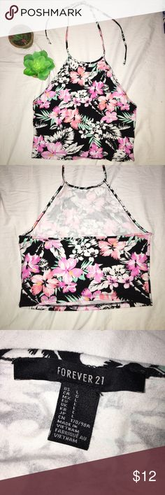 VICTORIA'S SECRET PINK // Floral CropTop Super super cute top I've worn probably only 5 times! Ties behind the neck for a really cute summer look! Upper back is mostly open. Great condition!! PINK Victoria's Secret Tops Crop Tops
