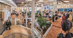 La firma de moda Pull&Bear inaugura su nueva flagship store en Hermosilla: http://www.estiloymoda.com/articulos/pullandbear-apertura-hermosilla15.php