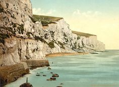 The White Cliffs of Dover      I will go there someday.