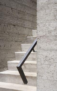 | CONCRETE | Concrete cast in rough sawn wooden formwork. The Bromont House by #PaulBernier Architect. © James Brittain