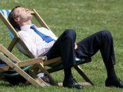 Lidé nad 40 let by měli pracovat pouze 3 dny v týdnu. Experti vysvětlují proč..