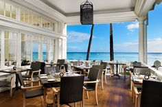 moana surfrider- we ate at the table on the right.