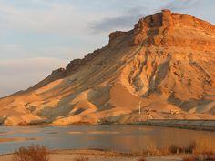 syria desert | The Syrian desert ( Image: Glenn Livett and Isla Malte )