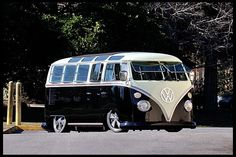 1967 Volkswagen Custom 21 Window Bus Resto Mod 2160 CC, 4-Speed at Mecum Auctions