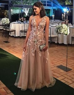 Kikiprom are the best places for you to buy affordable a line v neck appliques floor length prom dresses tulle evening dress We offer cheap yet elegant a line v neck appliques floor length prom dresses tulle evening dress for petites and plus sized women. V Neck Prom Dresses, Elegant Prom Dresses, Plus Size Prom Dresses, Tulle Prom Dress, Formal Evening Dresses, Long Dresses, Party Dresses, Evening Gowns, Robes D'occasion
