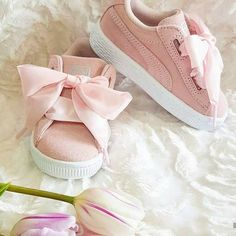 Little girl shoes Little Girl Shoes, Cute Baby Shoes, Baby Girl Shoes, Little Girl Fashion, Cute Baby Clothes, My Baby Girl, Girls Shoes, Kids Fashion, Baby Outfits