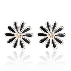 http://gemdivine.com/2016-new-silver-plated-ear-jewelry-manufacturers-wholesale-korea-retro-daisy-earrings-black-female-models/
