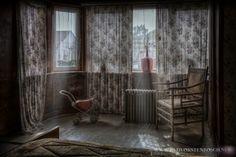 bedroom by Bertus Van De Vorstenbosch on 500px