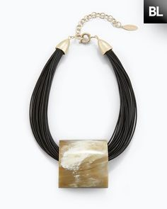 This Chico's Black Label Horn Pendant Collar Necklace is a great summer wardrobe addition.  #DestinationFabulous #Spon