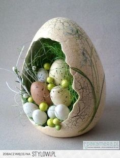 Hoppy Easter, Easter Eggs, Carrot Craft, Lapin Art, Polish Easter, Egg Shell Art, Easter Specials, Paper Mache Crafts, Faberge Eggs