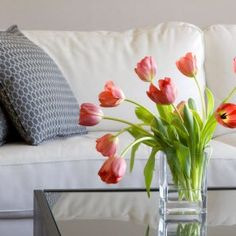 How can you sell your house fast? Some small home-staging tips from the pros.