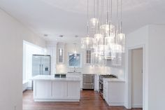 Planning a home renovation? Getting the right lighting for your home can have a huge impact not only on style but also function. Task Lighting, Accent Lighting, Types Of Lighting, Pot Lights, Hanging Lights, Recessed Lighting Fixtures, Mirror With Lights, Lighting Solutions, Home Renovation