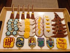 Simply Sarah Style: Q&A with Spoonful of Sugar Cookies Baker Katy Clifton | Harry Potter Party