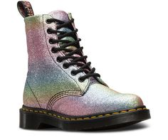 The Pascal's instantly recognizable DNA looks like this: 8 eyes, grooved edges, a heel-loop, yellow stitching, and a comfortable, air-cushioned sole. But in this boot, we turned the shine up to eleven, with a glam rock-inspired rainbow glitter finish. Ziggy Stardust would be proud. Built to last, this boot is made using one of the finest methods of construction: the Goodyear Welt — which means the upper and sole are sewn together in our heat-sealed z-welt stitch. The boot sits on our icon...