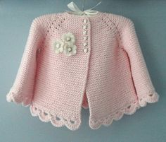 Knitting Pattern for Garter Stitch Baby JacketBaby cardigan knit in garter stitch with options for knit edging or crochet edging. Sizes 0 – 3 months and 3 – 6 months.Striped Short And Long Sleeved BabyThis Pin was discovered by Dönbeauty and thi Baby Cardigan, Cardigan Bebe, Crochet Cardigan, Knit Crochet, Knitted Baby, Sweater Jacket, Knitting For Kids, Baby Knitting Patterns, Baby Patterns