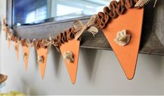 16 Charming Handmade Thanksgiving Garland Designs For The Dining Room Thanksgiving Banner, Fall Banner, Fall Garland, Thanksgiving Centerpieces, Thanksgiving Parties, Diy Garland, Thanksgiving Crafts, Fall Crafts, Holiday Crafts