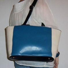 Bolso Telma en www.myleov.es #PymesUnidas #collares #fashion #bags #bolsos #bicolor #accesorios #accessories #shop #shopping #shopholic #moda #piel #look