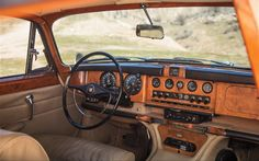1967 Jaguar Mark X 420G Interior | ^ https://de.pinterest.com/pin/22869910587284168/