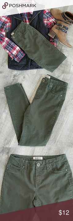 Skinny Olive Green Pants 🍁 Excellent condition,  worn a handful  a times. SUPER comfy and have stretch .  Perfect color, a must for Fall🍁 size 7 juniors  69% cotton 30% polyester  2%spandex  Inseam 29in Blue Spice Pants Skinny