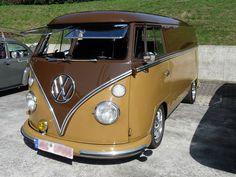 Dieser VW T1 wurde zum luxuriösen Reisemobil ausgebaut.
