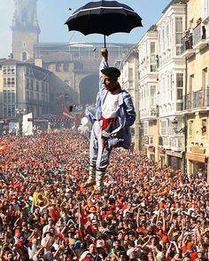 Celedón. Chupinazo. Fiestas de La Blanca. Vitoria-Gasteiz. España