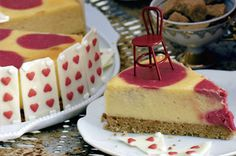 Alice in Wonderland cheesecake main image