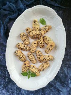 Jamie Oliver, Cookies, Ethnic Recipes, Food, Pizza, Crack Crackers, Biscuits, Essen, Meals