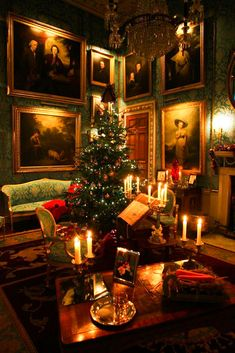 Christmas at Castle Howard (Yorkshire, England). During December the house is lit with candles and the interior is decorated with festive trees. By John Dalkin x.c.