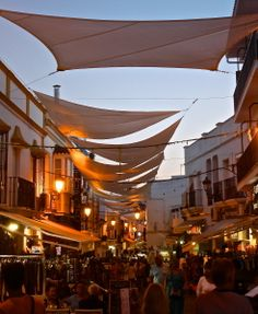 Bustling summer evening- Streets of Nerja Summer Evening, Opera House, Things To Do, Street, Building, Travel, Things To Make, Viajes, Buildings