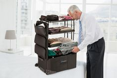 CKIE Product of the week – Shelfpack Portable Closet Suitcase