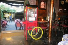 Casinha colorida: A Série Lugares Secretos que Indico vai ao Bar Capitán Haddock, em Salamanca